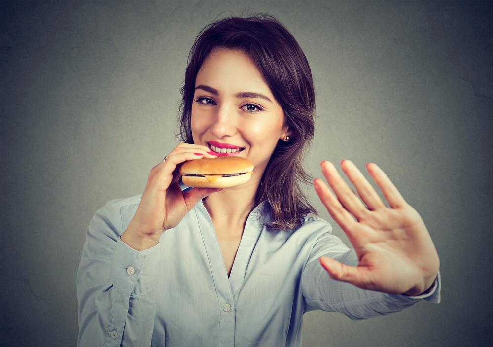 痩せたいけど食べたい女性必見!太りにくい食べ物や食べ方と痩せる生活習慣とは?